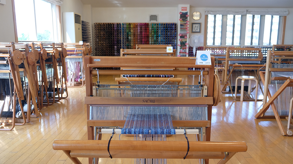<p>A Saori loom that has evolved over time.</p>